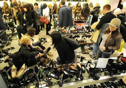 Now You May Say To Yourself No Shoe Addict In Their Right Mind Would Attempt Ping An Overly Congested Department During The Holiday Rush